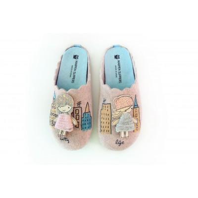 Marpen dámske papuče dievča v meste